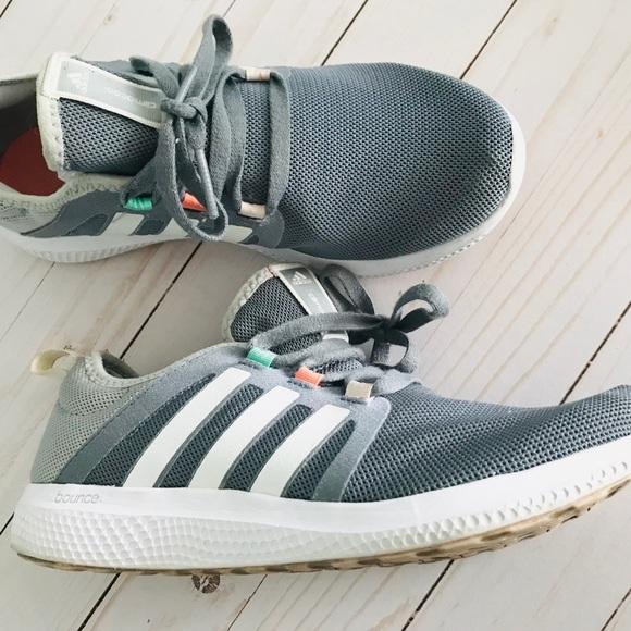 Women's Adidas Mana Bounce Running Shoe 8